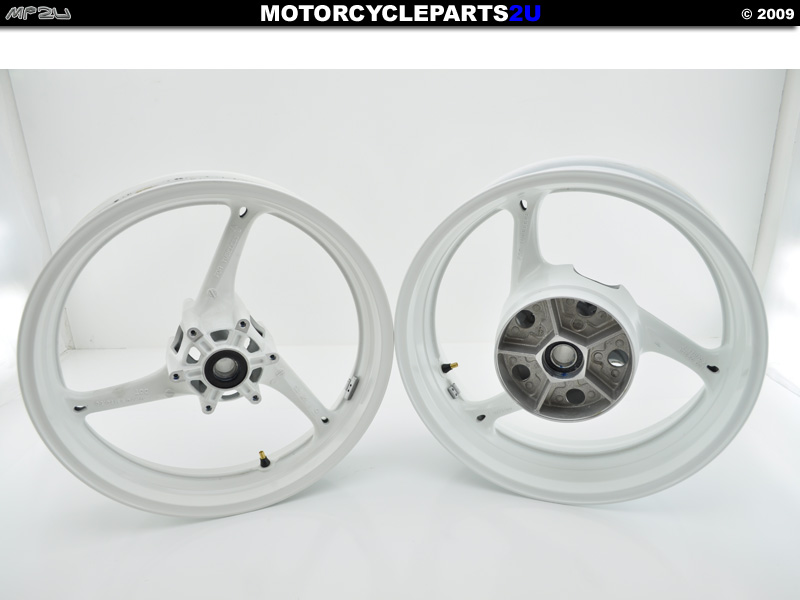 2009 GSXR 600 White Wheels