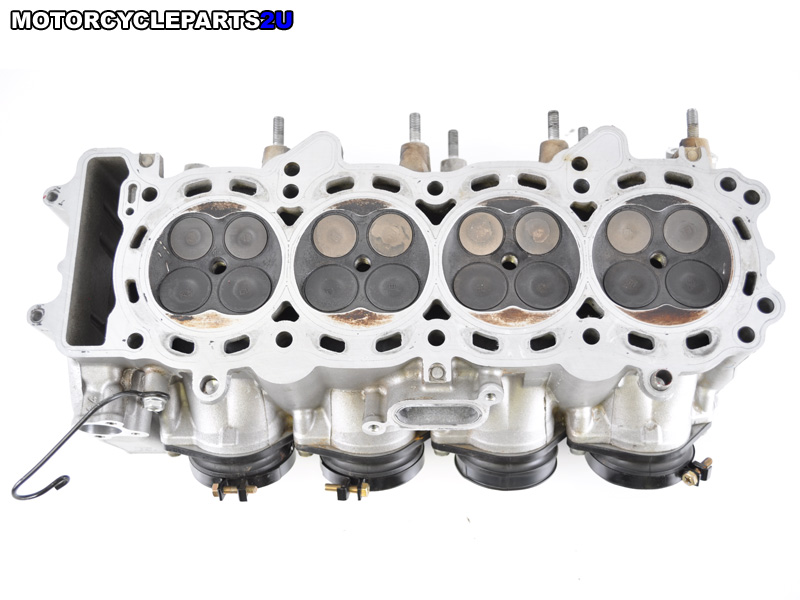Cylinder Head Assembly : Pros and cons of y head d series