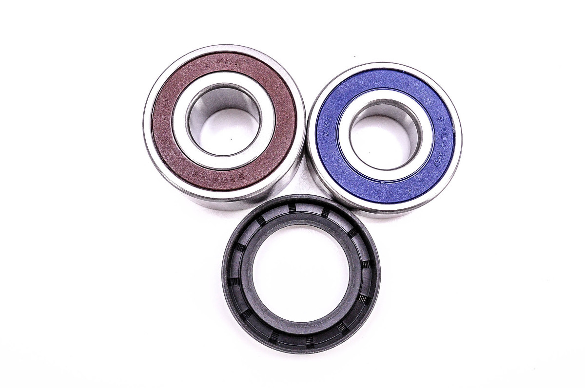 97 00 Honda GL1500C Valkyrie All Balls Rear Wheel Bearing Kit