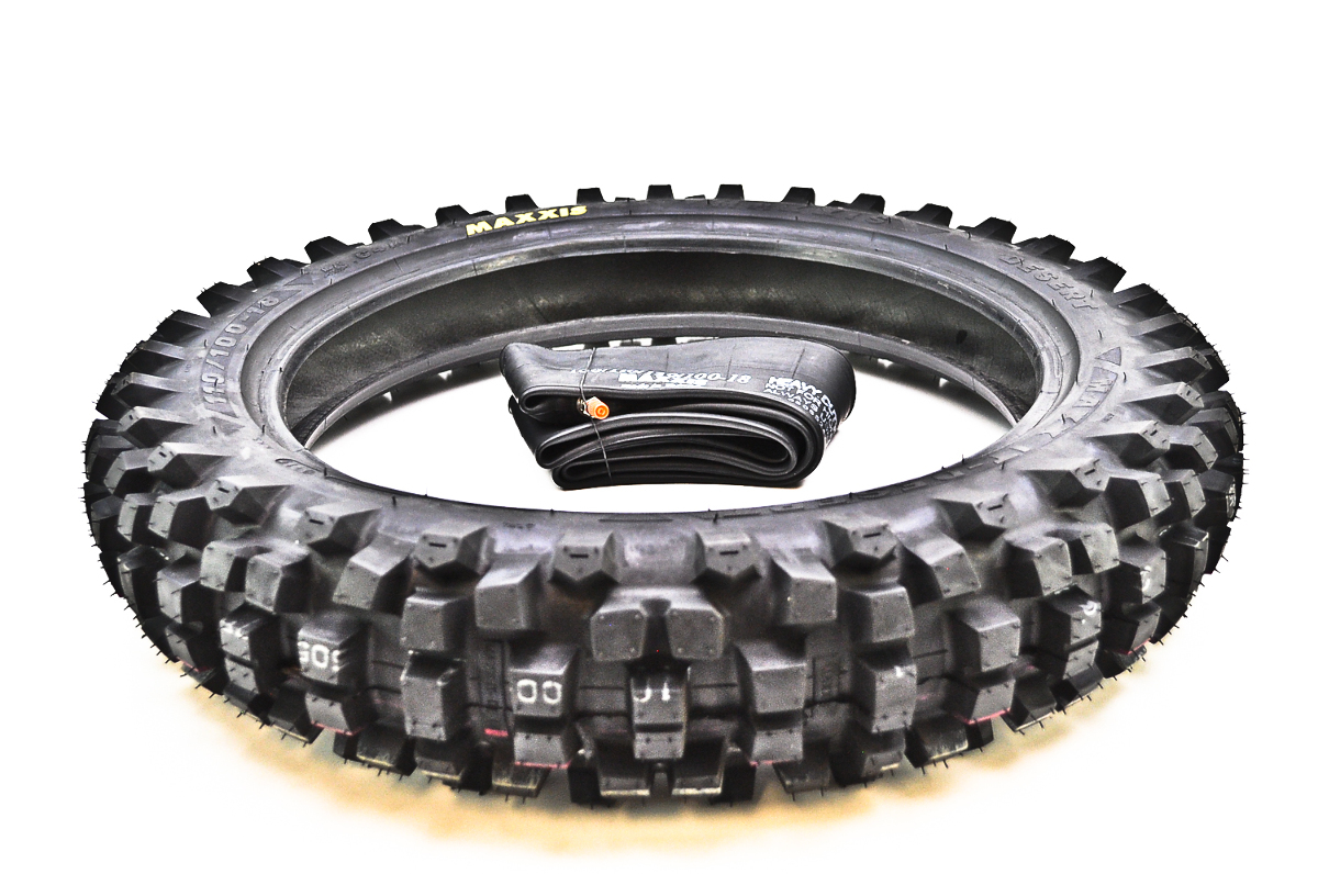 Maxxis m7305 maxxcross it rear tire w heavy duty inner for Tire tub