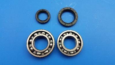 Crank Bearing and Seal Kit